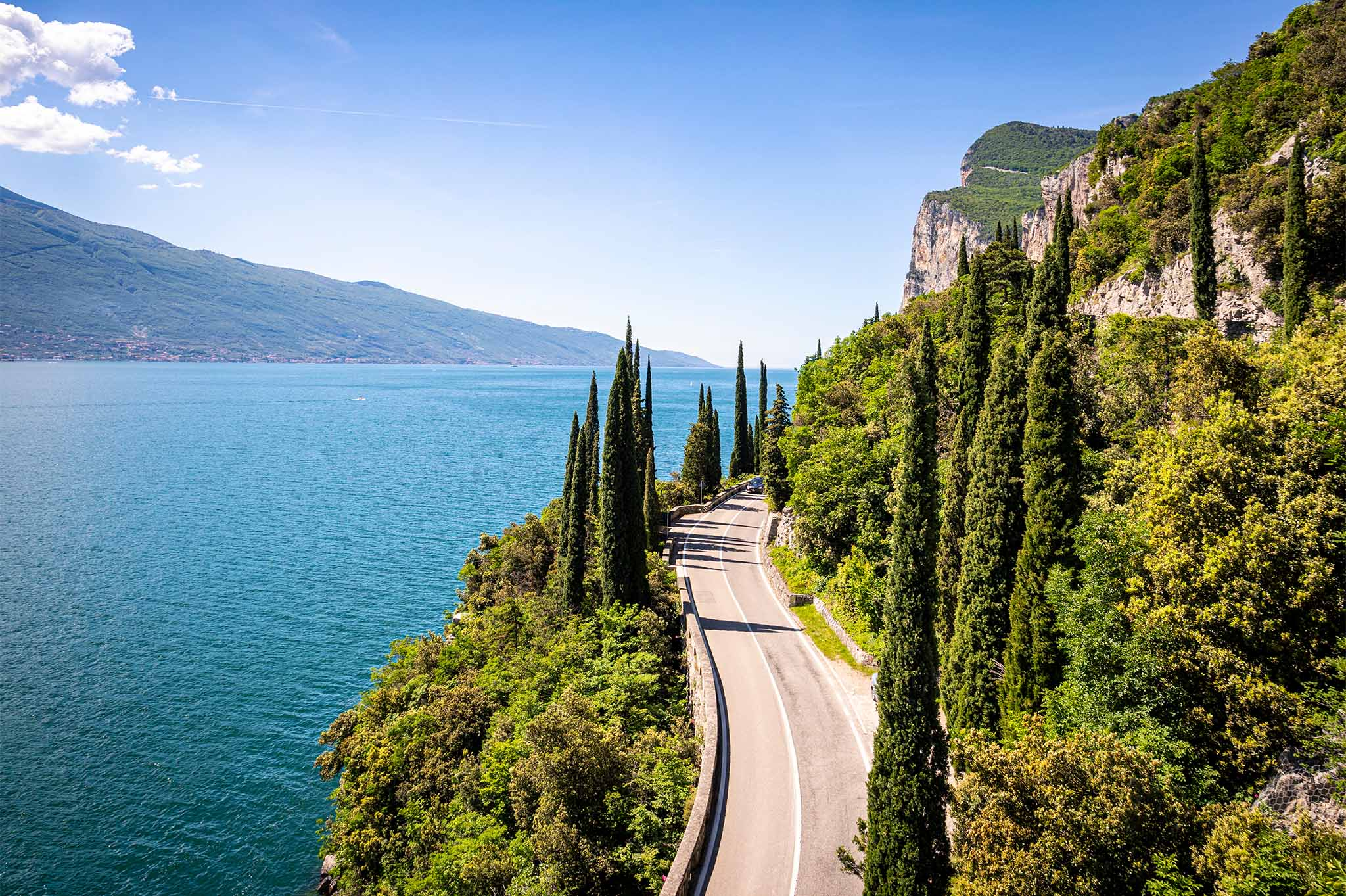 Lake Garda Villas and Properties for Sale | Italy Sotheby's Realty - sothebys.photo 1